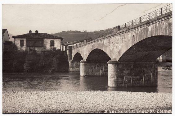 El Puente de Arriondas, hacia el año 1900. Esta imagen fue tomada por Modesto Montoto. Archivo Luis Antonio Azcoitia Argüelles. (Foto nº 11052).