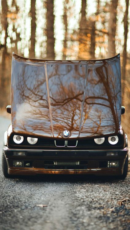 DUnno who took this pic but how angry does that Beemer look :D