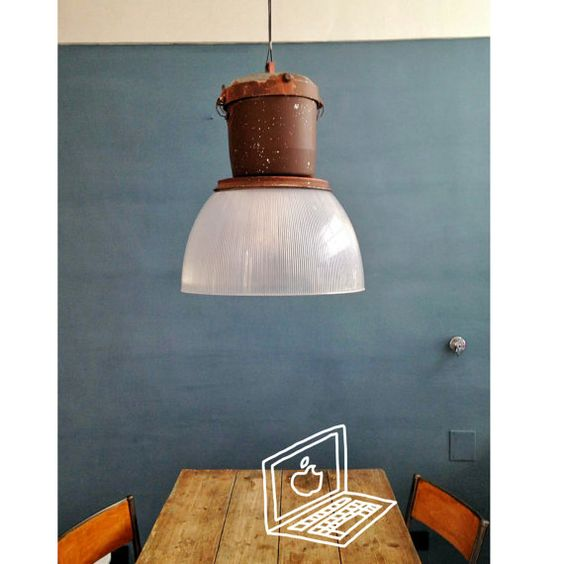 Lampione da esterno / Lampada a sospensione industriale, italiana | Old Italian Factory Lamp, Street Industrial Lamp