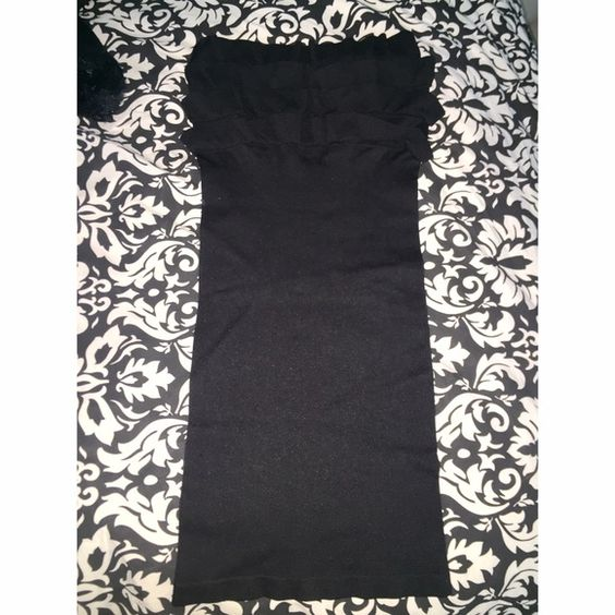 Tight black Windsor dress Stretchy tight black dress. Ruffles on top. Worn once WINDSOR Dresses Strapless