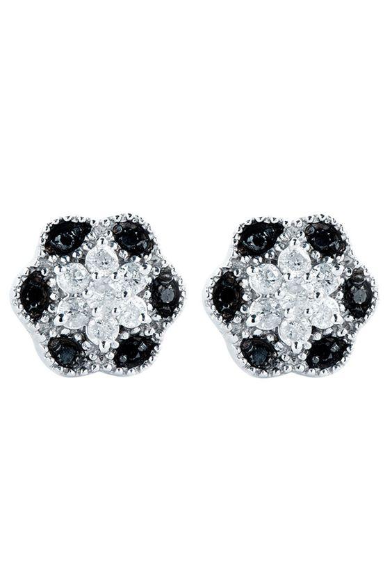 White Gold & Diamond Stud Earrings.