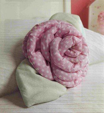Almohadón en forma de rosa, cojin decorativo