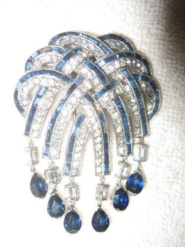 Stunning 1940's Trifari Rhinestone Blue Glass Stone Masterpiece Brooch Fur Clip