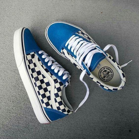 vans shoe width