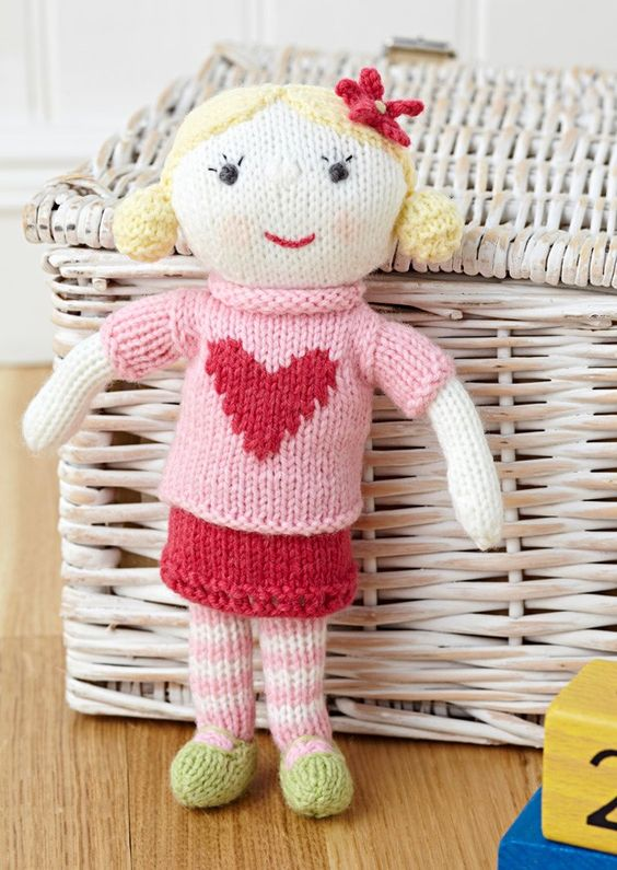 Polly Doll in Deramores Baby DK (1003) Deramores Knitting Patterns Knitti...
