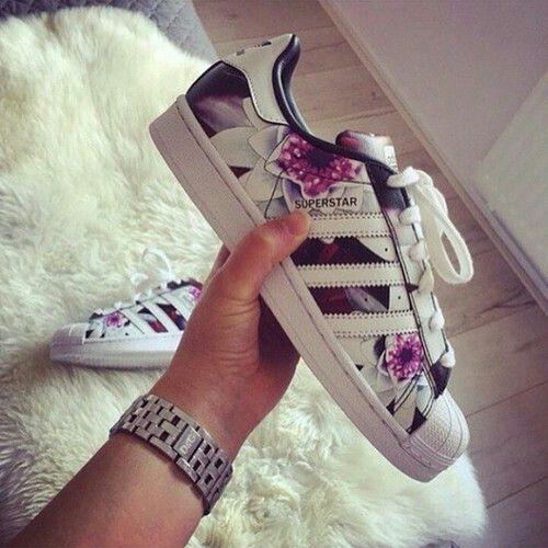 Adidas Rosa Blumen