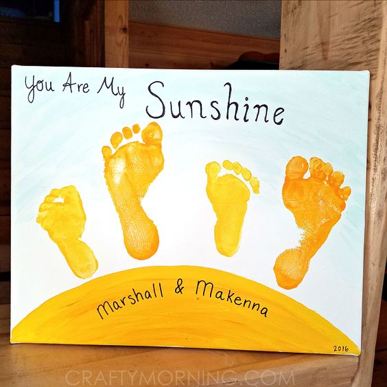 """You Are My Sunshine"" Sibling Footprint Canvas -Gift for mother's day or father's day! Crafty Morning"