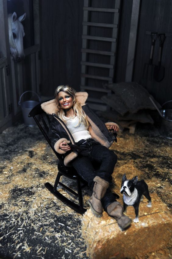 https://flic.kr/p/Fex4Rs | dusk | Black Label Barbie of Farrah Fawcett as restyled and repainted by Noel Cruz of www.ncruz.com for www.myfarrah.com in a Regent Miniatures diorama, Regent Horse-Barn by Ken Haseltine (www.regentminiatures.com).   Visit: www.myfarrah.com.  Farrah is on facebook www.facebook.com/FLFawcett  On Tumblr at; farrahlenifawcett.tumblr.com  On ipernity at www.ipernity.com/home/311111  Join Farrah on Instagram at www.instagram.com/farrahlfawcett  On pinterest at…