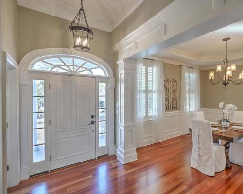 Pin By Shannon Lawrence On Future House Dining Room Wainscoting Dining Room Small White Wainscoting