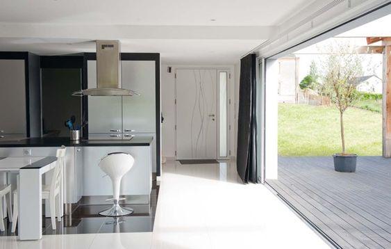 Travaux fenêtres et baies vitrées par Rafflin Alu \ PVC