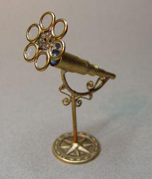 http://evminiatures.tripod.com/photos/telescops5/DSC00178.jpg