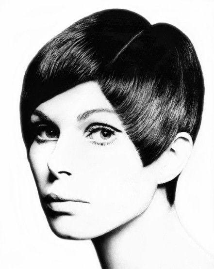 Vidal Sassoon angular mod cut, '60's