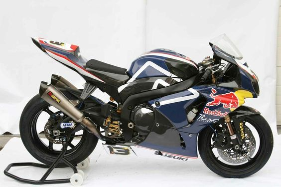 Suzuki GSXR 1000 Red Bull Blue GP