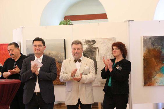 Mit Helga Pinnetta aus Odenheim und Roland Adelhelm aus Zeutern hat man in diesem Jahr eine geschmackvolle und sehenswerte Ausstellung gewählt