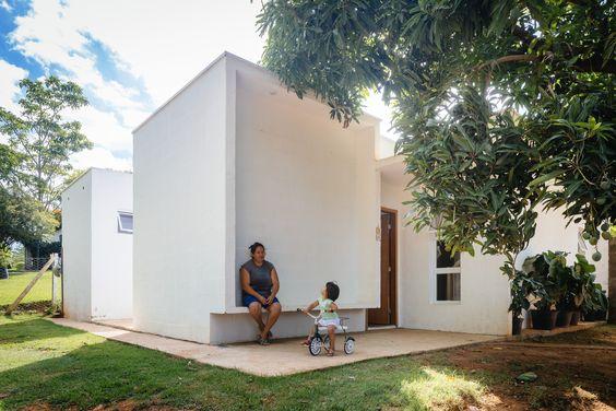 Gallery of Casa dos Caseiros / 24.7 arquitetura design - 1