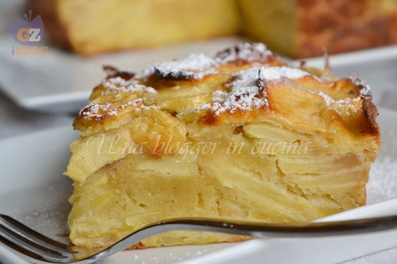 Torta fondente di mele, una ricetta semplice e con pochi grassi, senza burro né olio, con ricotta e tante mele golden.