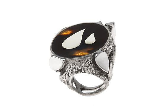 "www.silkandsilver.com I ""Drops On The Shell"" ring by Dilek Platin I sterling silver, tortoiseshell"