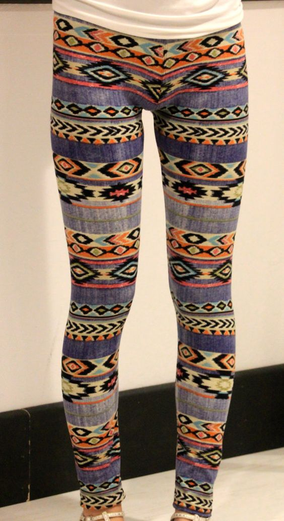 Hey, I found this really awesome Etsy listing at https://www.etsy.com/listing/212078161/tribal-aztec-chevron-print-pattern