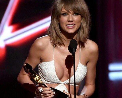 Image via We Heart It #beautiful #Queen #TaylorSwift #billboardmusicawards