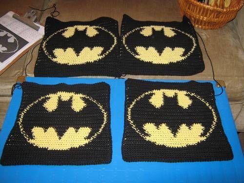 Batman Cushion Knitting Pattern : Batman, Potholders and Crochet on Pinterest