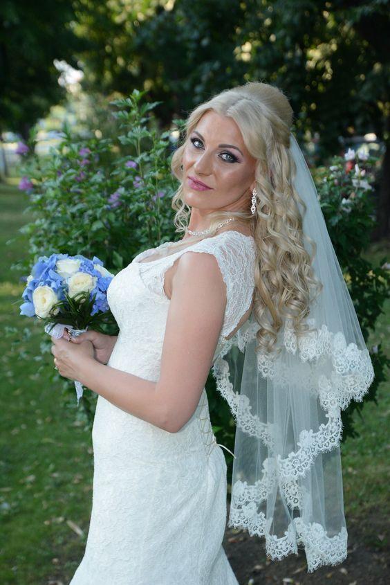 Beautiful BelHer Bride! ❤️🎉😍 Darling, we wish you all the best! #belher #extensii #humanhairextensions #remyhair #magazinextensiibucuresti #brides #bridehairstyle