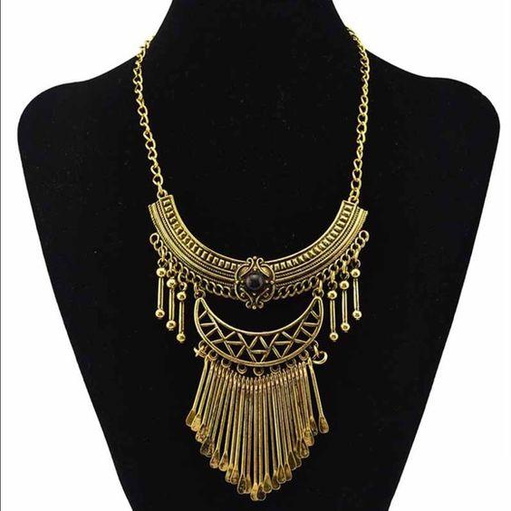 Gypsy Choker Gold tone gypsy choker. Jewelry Necklaces