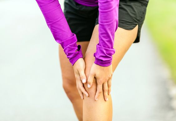 Do these moves for a speedier recovery from the common knee injury. http://greatist.com/move/it-band-exercises
