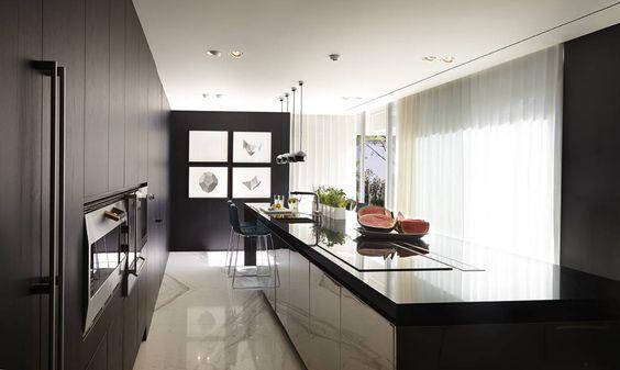 Cortinas de cozinha mais bonitas que as da vizinha!  https://www.homify.pt/livros_de_ideias/99243/cortinas-de-cozinha-mais-bonitas-que-as-da-vizinha