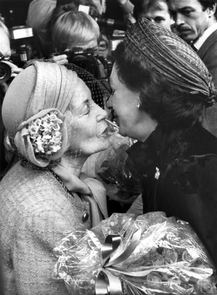 The Local: Princess Lilian of Sweden greets Princess Margaret with a kiss-1985