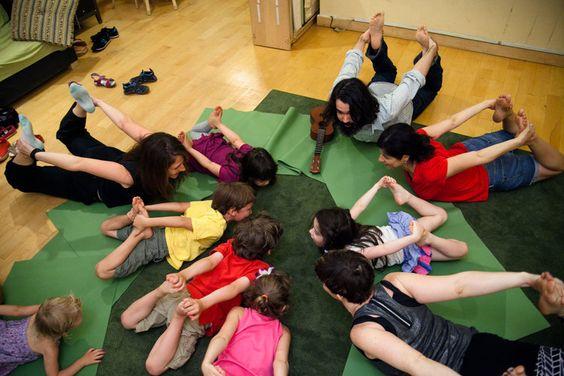 Family yoga #yoremi #musicandyoga #kidsyoga #nyckids #yoga #kids #music #familyyoga #mommyandme