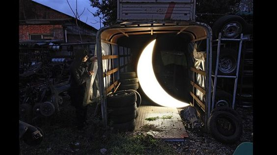 Proyecto 'Luna Privada' - 10 (© Derechos Reservados de la British Broadcasting Corporation Corporación Británica de Radiodifusión 2012)