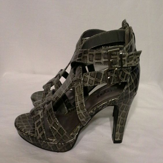 Gray faux croc and sexy! Compliments!! Gray patent faux croc and lovely! Shoes Heels