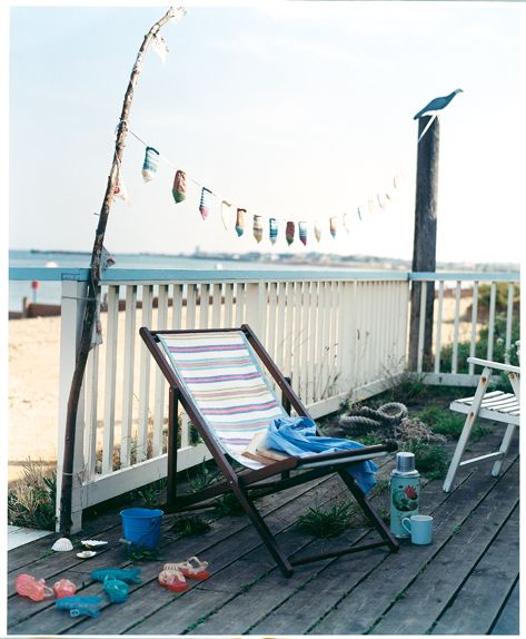Knit a cover for your deckchair