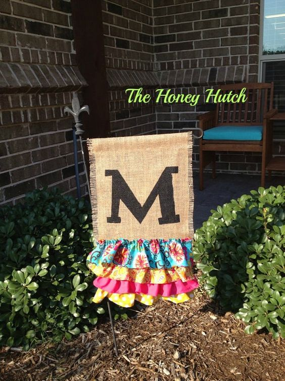 spring burlap garden flag fabric choices are by thehoneyhutch   30 00