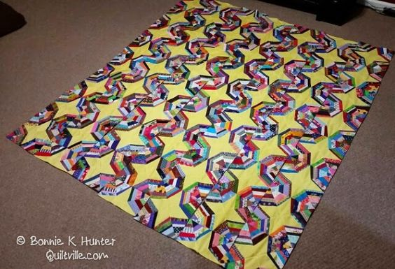 Quiltville's Quips & Snips!!: Galaxy-Gram! Webs into Rows!
