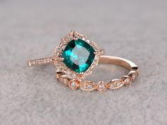 http://rubies.work/0982-ruby-pin-brooch/ 2pcs Emerald Engagement ring Set Rose gold,Diamond wedding band,7mm Cushion Cut,Bridal Ring,Retro Vintage Floral,Lab-Treated Green Emerald by popRing on Etsy https://www.etsy.com/listing/285365731/2pcs-emerald-engagement-ring-set-rose anillos de compromiso | alianzas de boda | anillos de compromiso baratos http://amzn.to/297uk4t