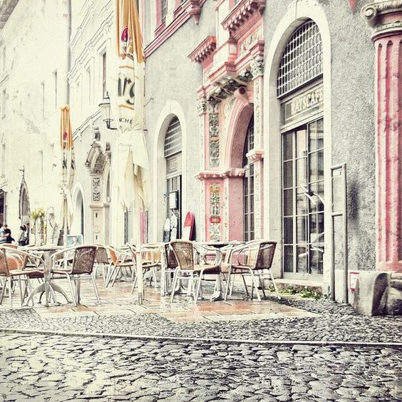 Pastel cafes in Paris (inspiration via YELTUOR)