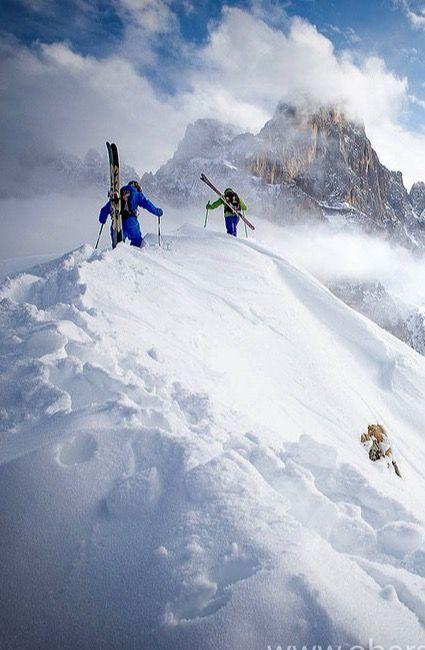 #Fly #me #Away: #Dolomitas, as #montanhas do #norte de #Itália | #travel #natureza #montanhas #PatrimónioNaturaldaHumanidade #UNESCO #paisagem #neve #sky