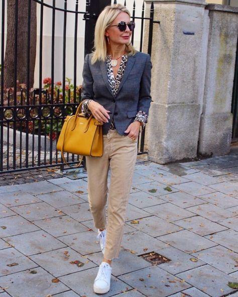 Стильно, просто и со вкусом: Стиль Кэжуал в женском гардеробе | Новости моды #womensfashioncasualover40over50