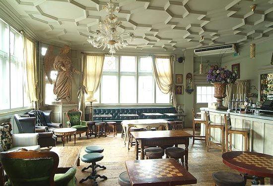 Georgian-Style-Interior-Design-of-Kensal-Green-Pub-in-London-Borough-of-Brent  | EUROP | Pinterest | Georgian, Interiors and Shabby