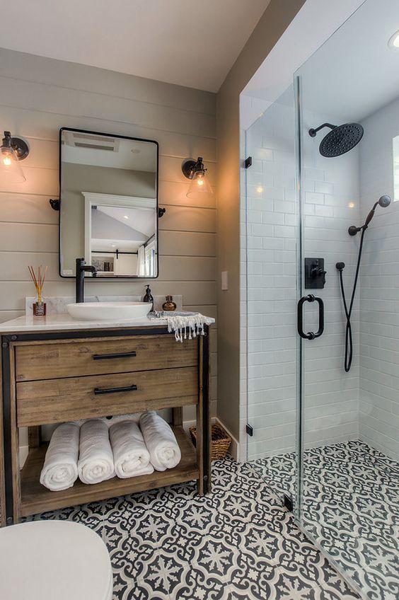 30 Unique Guest Bathroom Ideas 2019 Everybody Will Like Patterned Bathroom Tiles Bathroom Farmhouse Style Bathroom Remodel Master