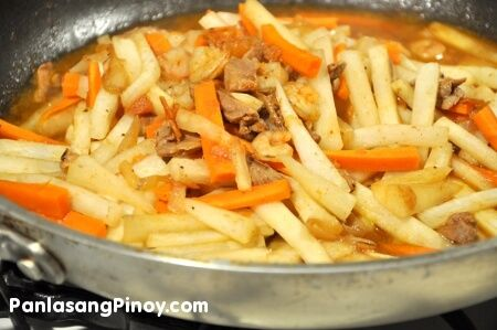 Ginisang Labanos or sauteed daikon (or white radish) is a simple vegetable dish that goes well with rice. Learn how to cook this dish today.