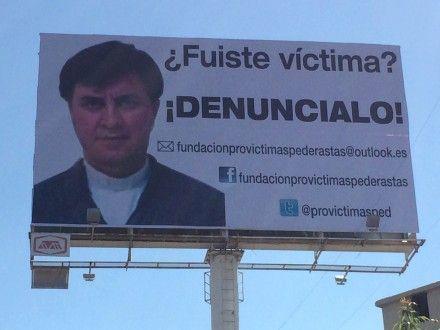 Uno de los espectaculares en contra del sacerdote Eduardo Córdova Bautista. Foto: Tomada de Twitter Cárcel a estos depravados!