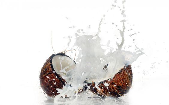 coconut, water, crumble, splash, macro, photo, nuts, hd wallpaper