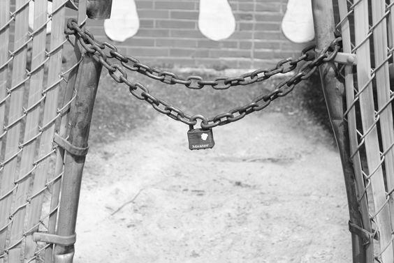 Chain and Lock, Simply elegant.