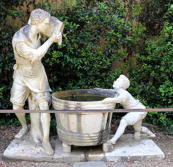 Firenze giardino di Boboli - Valerio Cioli, o Cigoli o Giogoli (1529 circa – 29 dicembre 1599) - fontana dell'uomo che scarica il secchio in un tino #TuscanyAgriturismoGiratola: