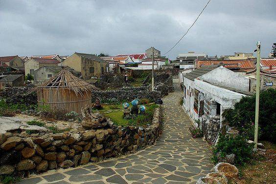 Những ngôi nhà mang nhiều nét cổ kính