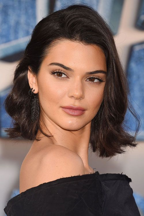 Kendall Jenner S Hairstyles Hair Colors Steal Her Style Kendall Jenner Hair Kendall Jenner Hair Color Jenner Hair