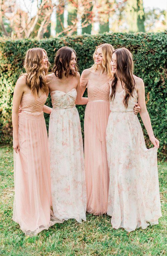 robe-demoiselle-honneur-rose-fleuri-modèles-variés