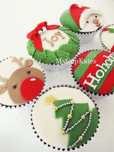 Gorgeous Christmas cupcakes